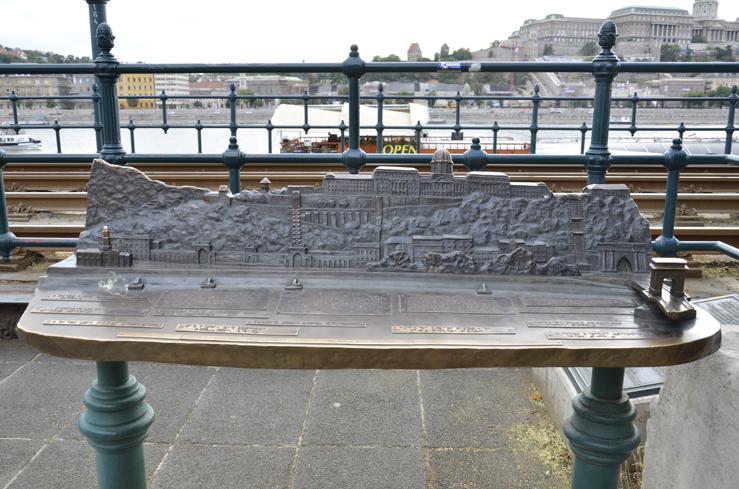 Irollo arredo urbano restauro conservativo irollo arredo for Alfredo irollo arredo urbano e illuminazione