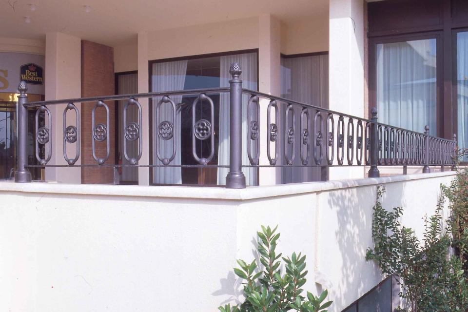 Elemento decorativo dec004 irollo arredo urbano - Ringhiere per giardino ...